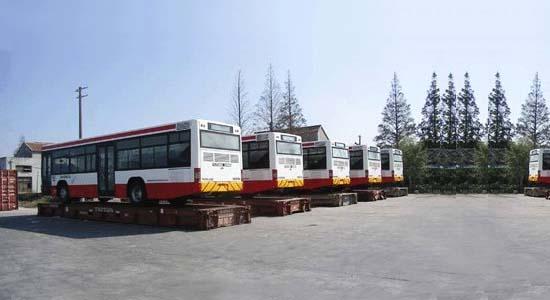 上海博陆物流有限公司专业进出口车队